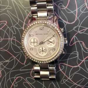 Michael Kors MK5083 Womens Watch Diamond Bezel